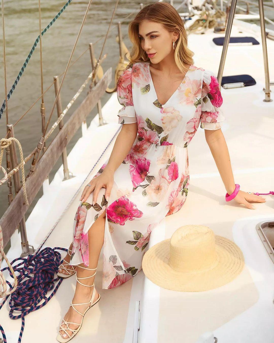 Vestido Midi Soltinho Chiffon Floral Doce Flor Off White