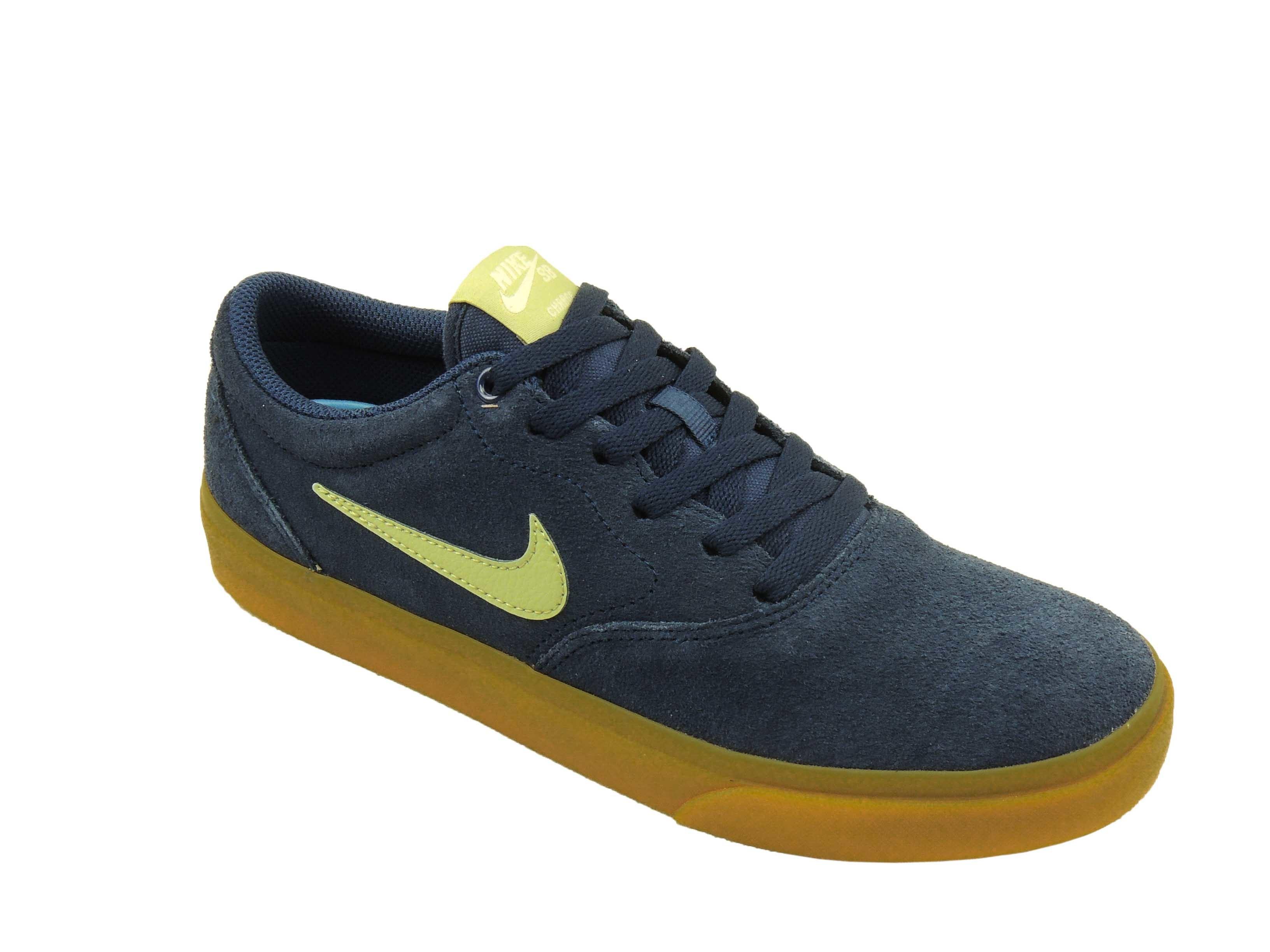 Tênis Nike SB Charge Suede