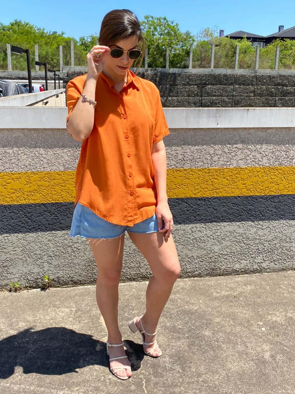 Camisa Básica Feminina  - Laranja