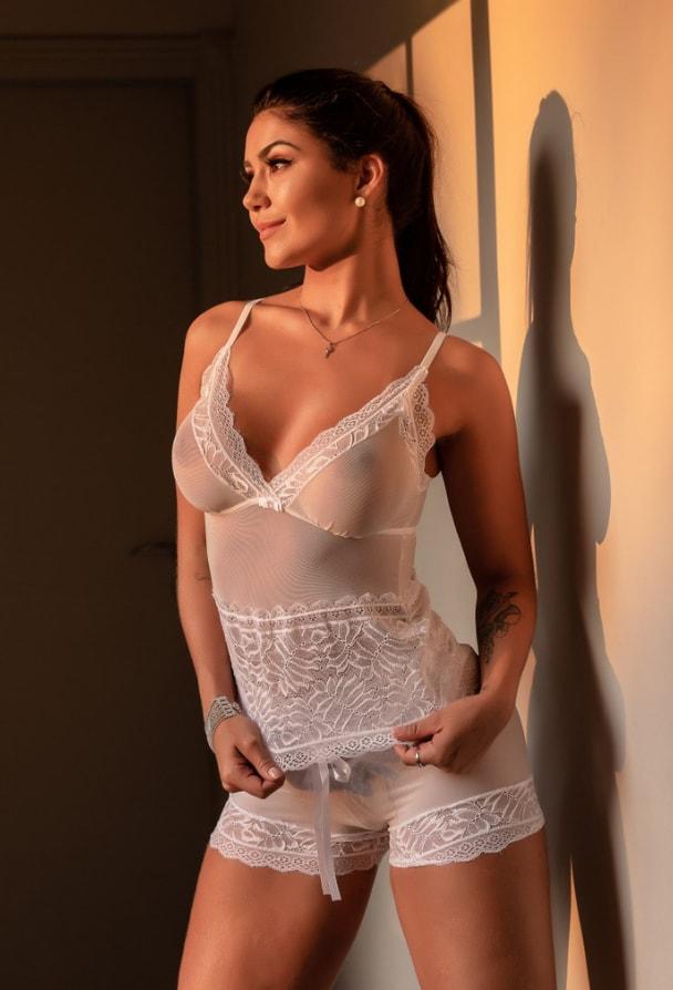 Short Doll Transparente em Tule e Renda Branco