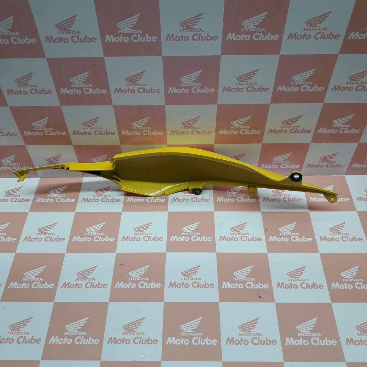 Rabeta Traseira Esquerda CB 300R/RA 2012 Original Honda 77221KVKB30ZB