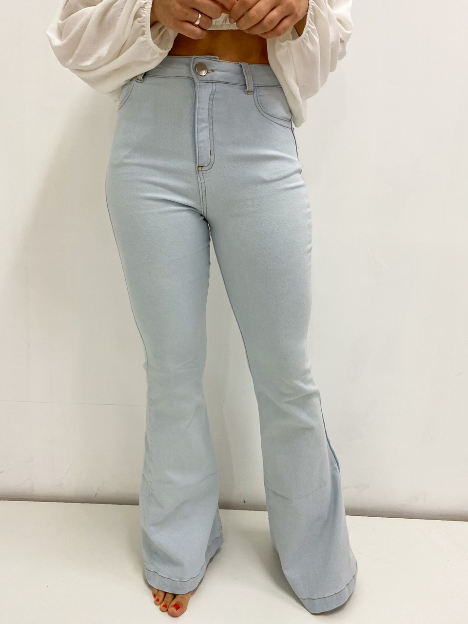 Calça jeans Manu Flare