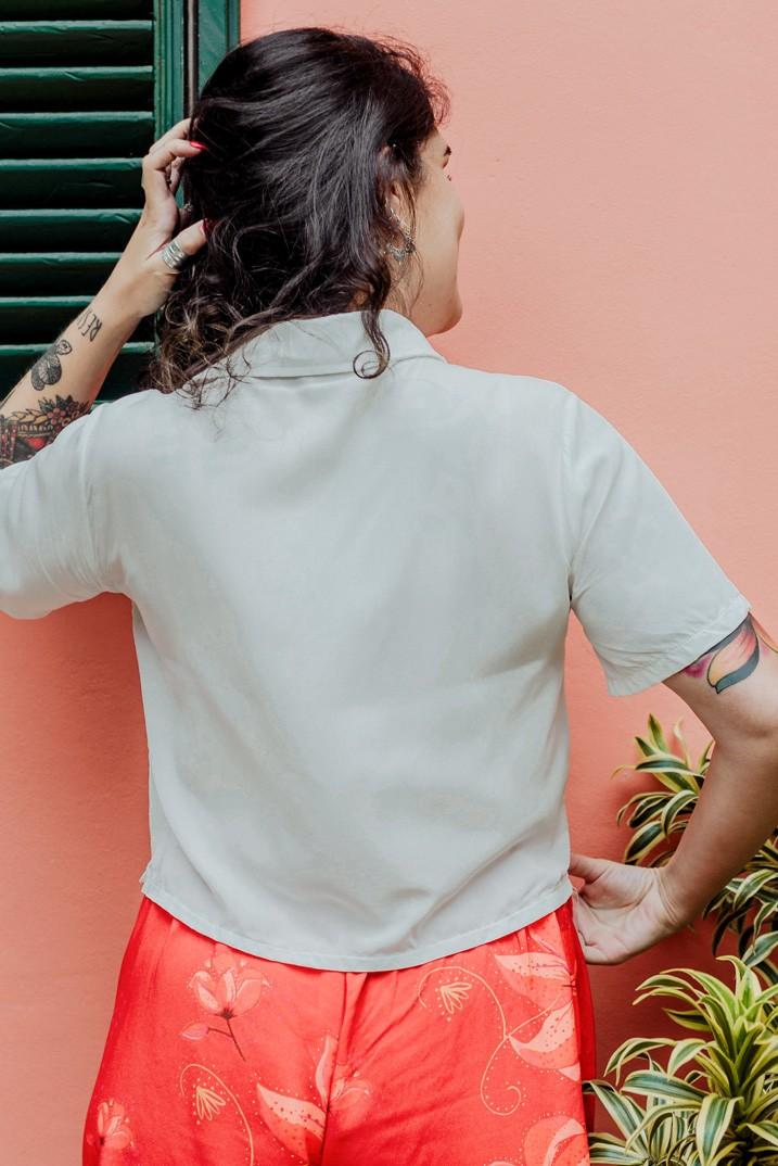 camisa no gender cropped branca