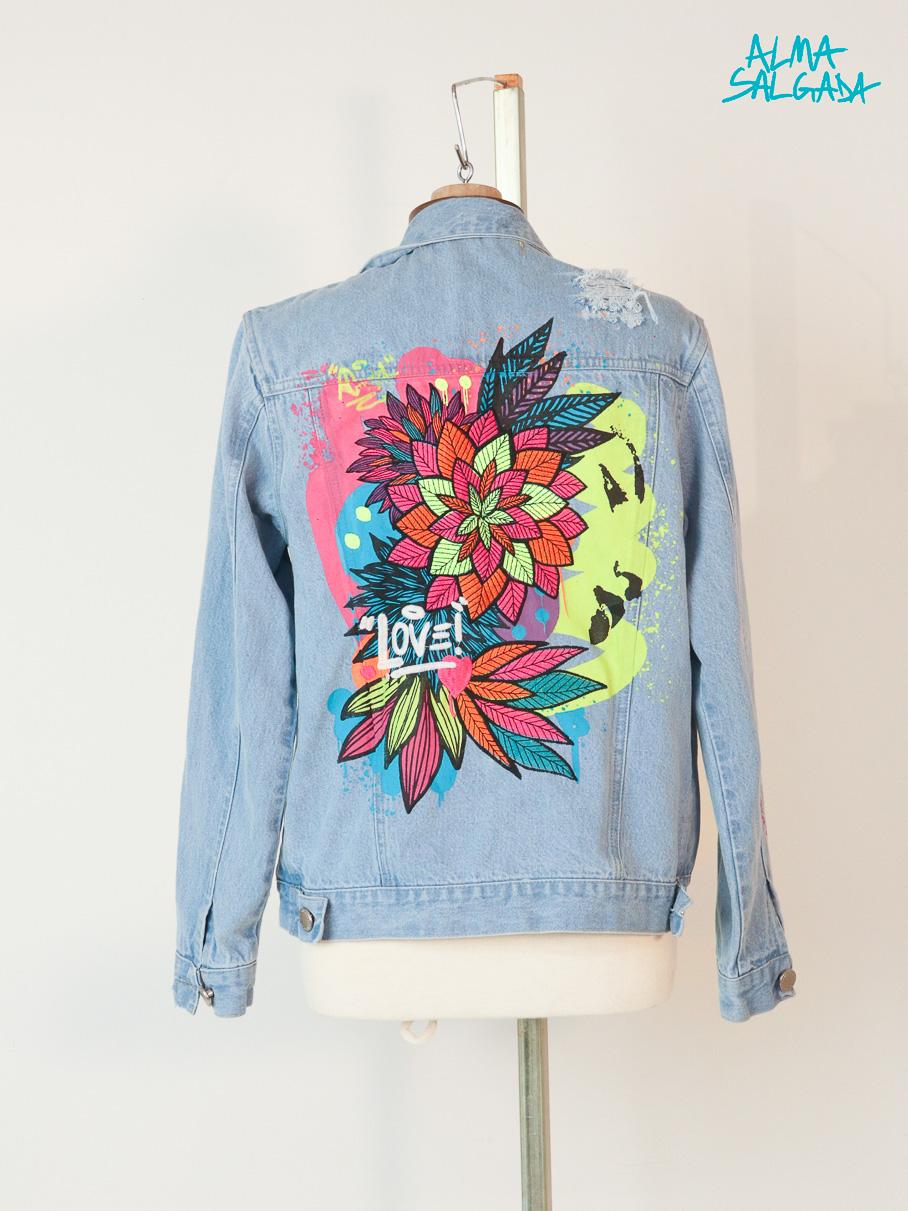 jaqueta jeans bordada alma salgada