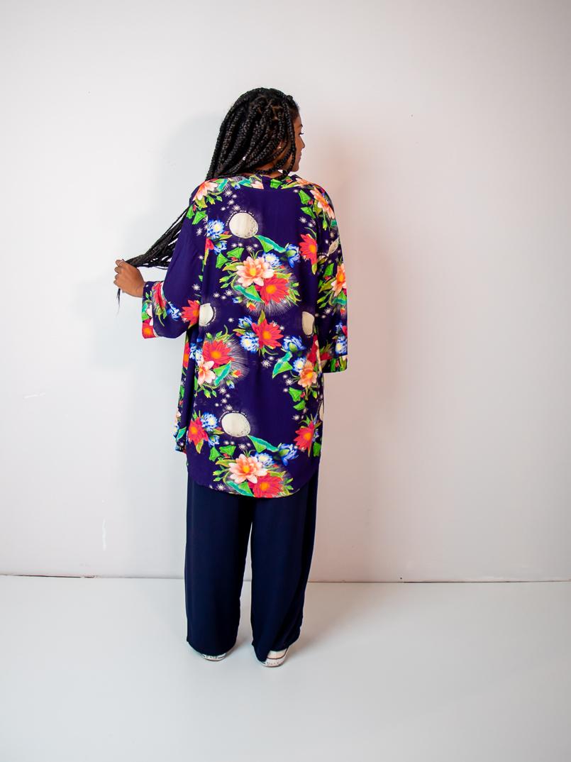 kimono est. vitória régia azul  - MUDI