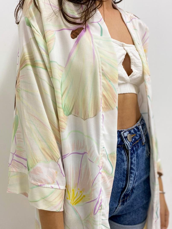 kimono est. voa off white