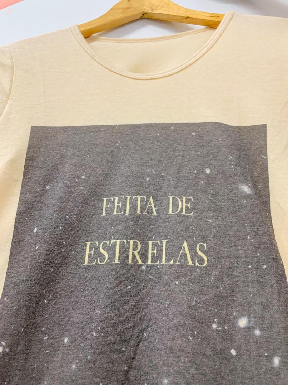 t-shirt feita de estrelas