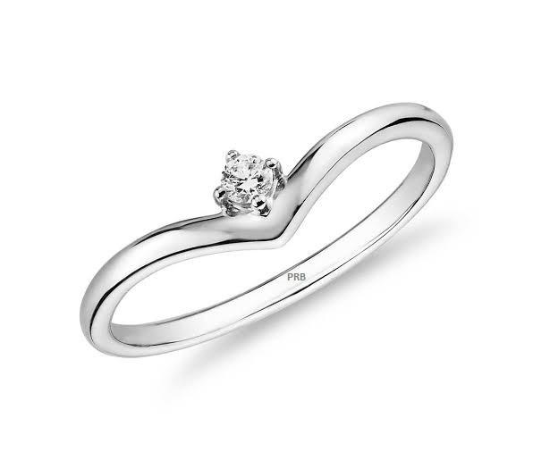 Anel de noivado em ouro 18k  com 0,05 pontos de diamantes - CÓDIGO L181A
