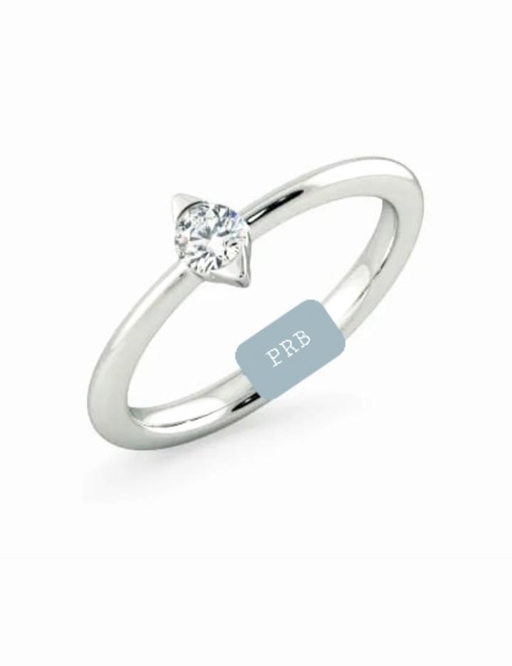 Anel de noivado em ouro 18k  com 0,05 pontos de diamantes - CÓDIGO L671A