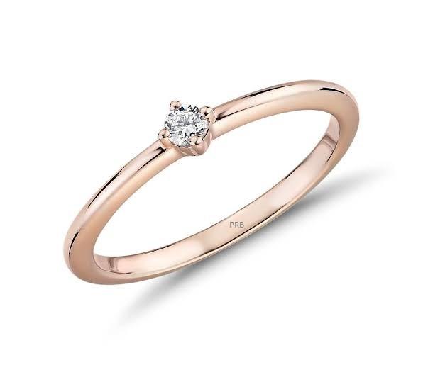 Anel de noivado em ouro 18k  com 10 pontos de diamantes - CÓDIGO 0798B