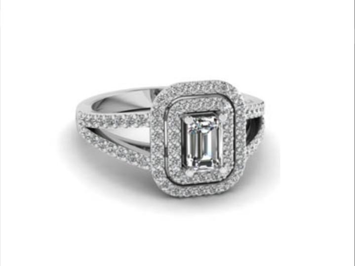 Anel de noivado em ouro 18k  com 117 pontos de diamantes - CÓDIGO 0480