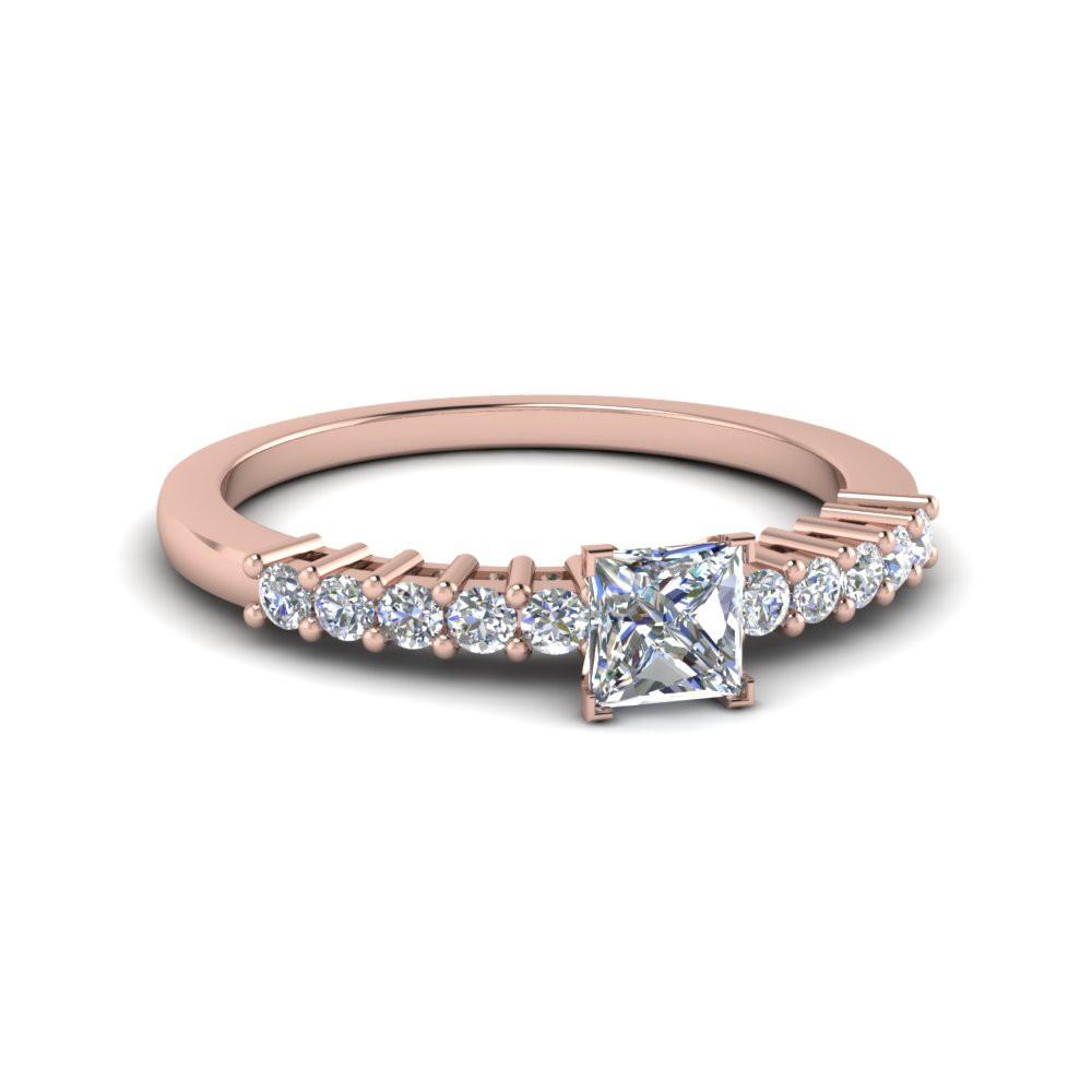 Anel de noivado em ouro 18k  com 30 pontos de diamantes - CÓDIGO 051A