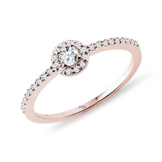 Anel de noivado em ouro 18k  com 40 pontos de diamantes- CÓDIGO 04205