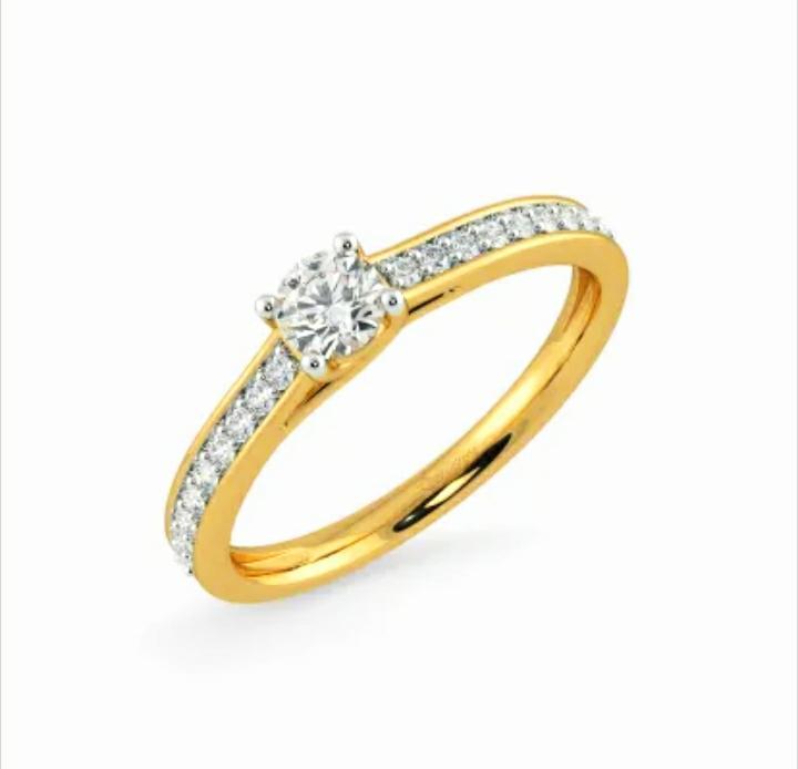 Anel de noivado em ouro 18k  com 46 pontos de diamantes - CÓDIGO 035