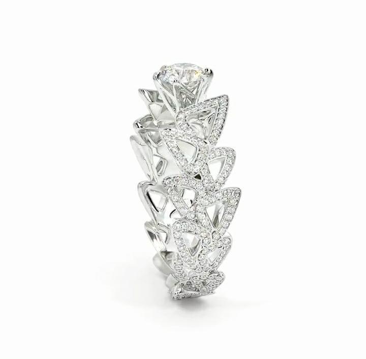 Anel de noivado em ouro 18k  com 4,68 quilate de diamantes - CÓDIGO 034