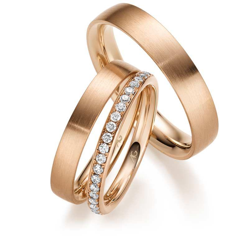 Conjunto Par de alianças com iniciais dos nomes mais  aparador em ouro 18k e diamantes - CÓDIGO - ALI25