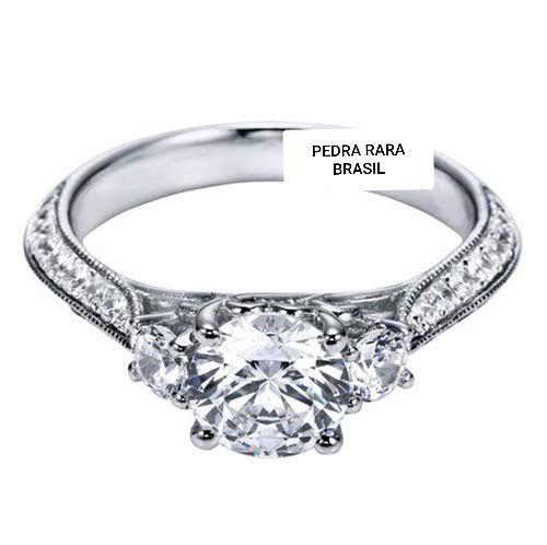 Anel de noivado em ouro 18k  com 1,04 quilate de diamantes - CÓDIGO 048