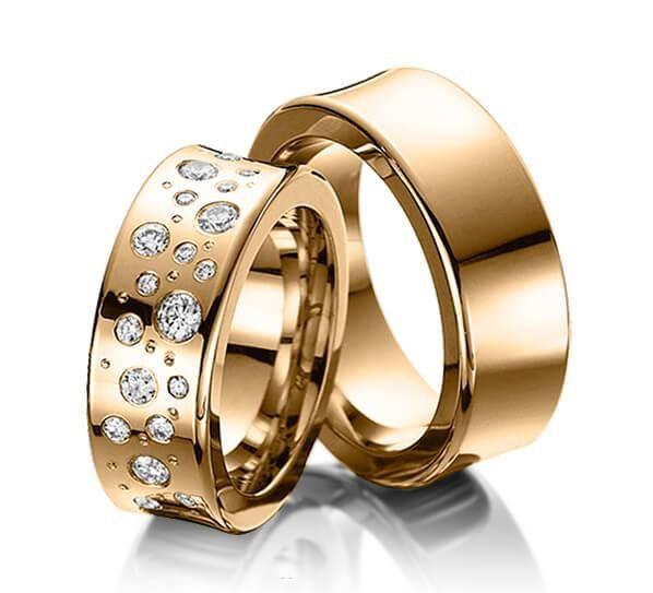 Par de alianças  em ouro 18k e diamantes - CÓDIGO - ALI30