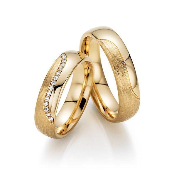 Par de alianças  em ouro 18k e diamantes - CÓDIGO - ALI44
