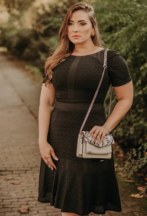 Vestido preto moda evangélica