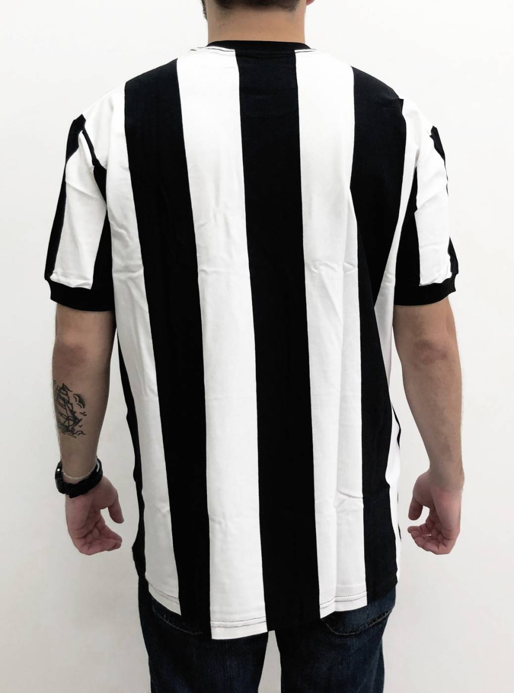 Camisa Retrô Gola Olímpica