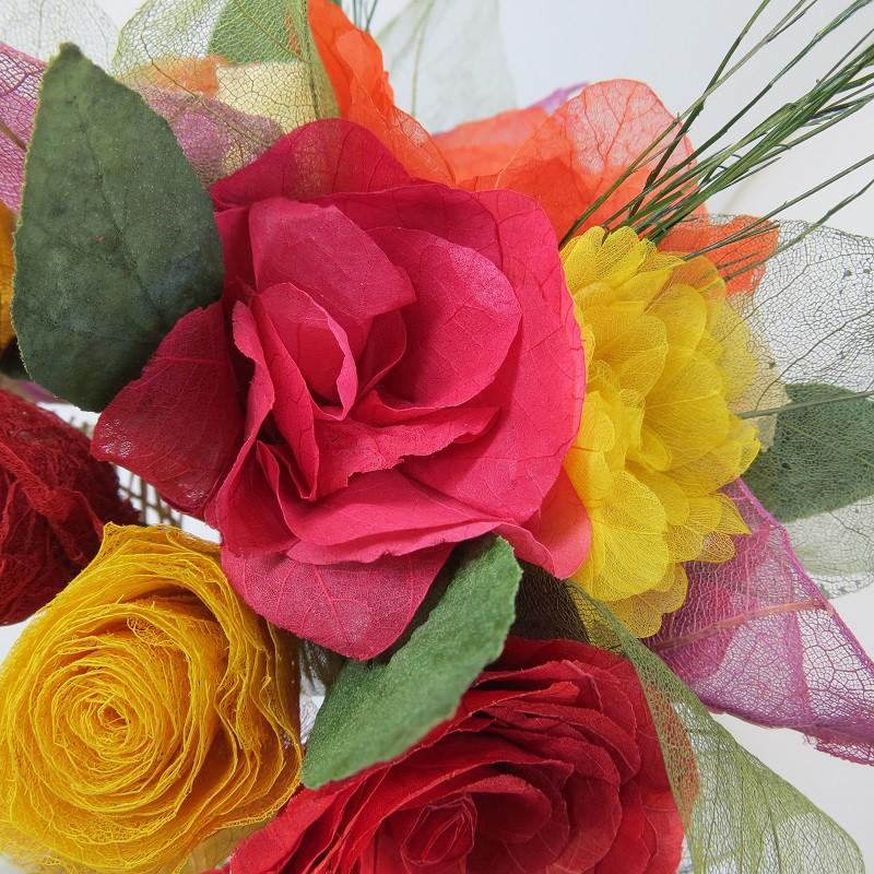 Buquê multicolorido em tons vibrantes