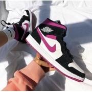Nike Air Jordan - Pink