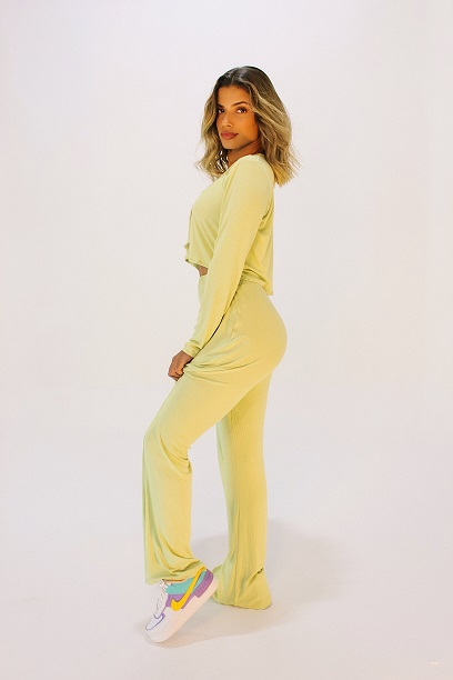 Conjunto Tracy Verde Candy (cardigan e calça)