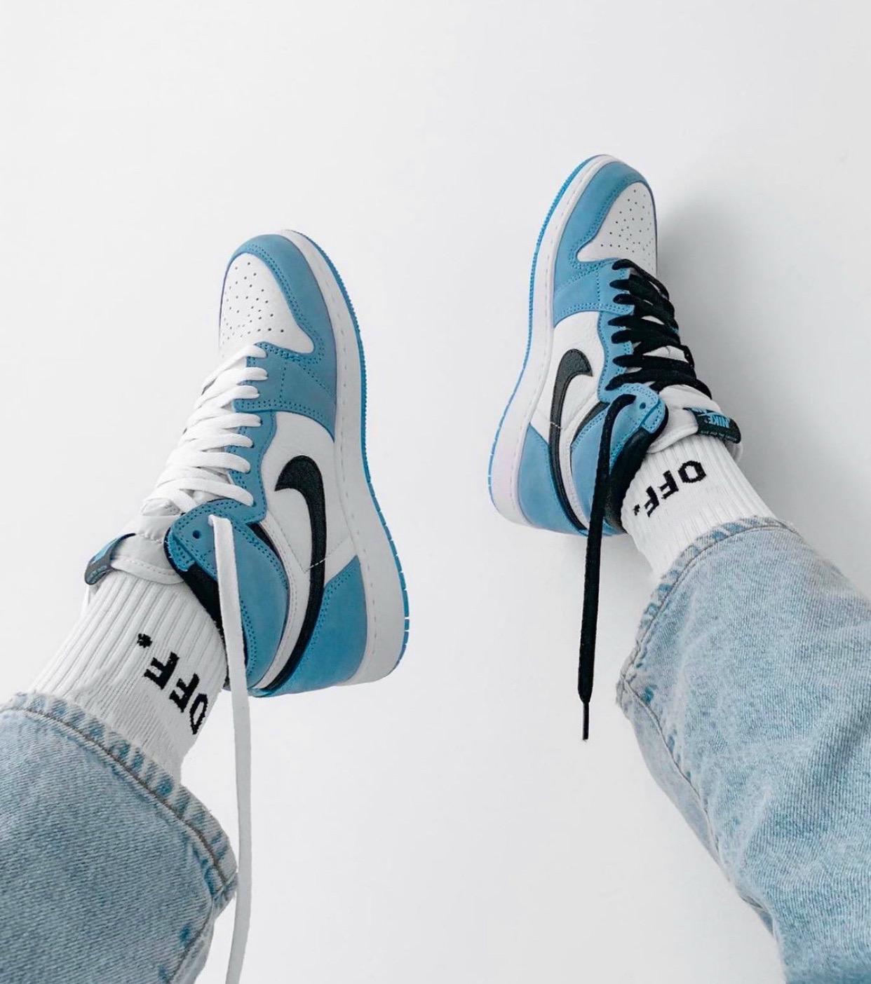 Nike Air Jordan 1 Azul Claro