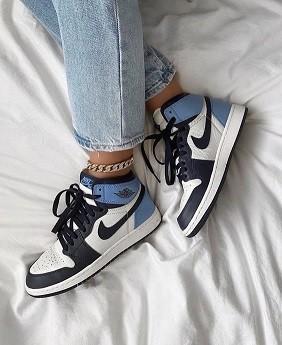 Nike  Air Jordan 1 Azul