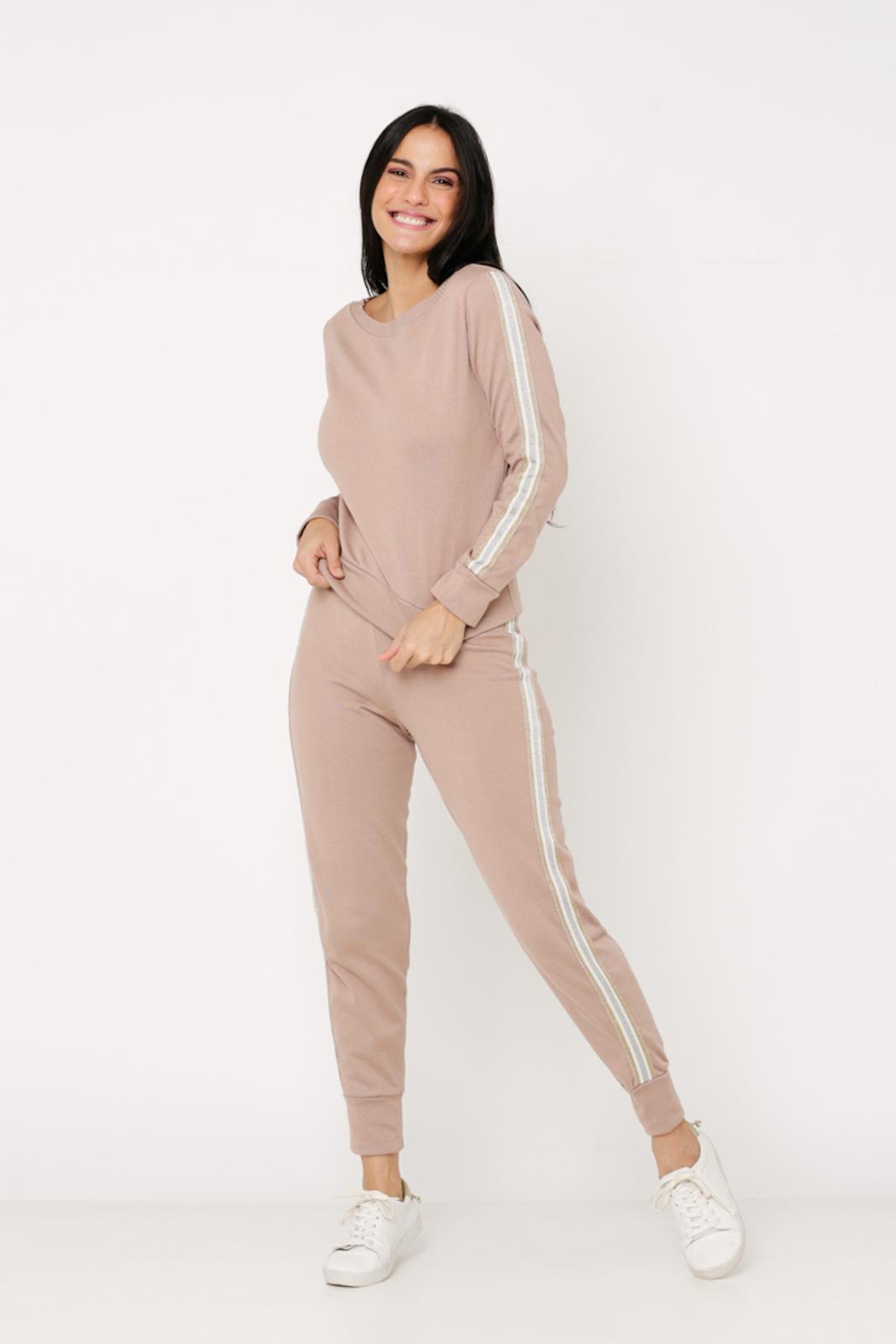 Conjunto de Tricot calça jogger e blusa manga longa de faixa lateral - Nude