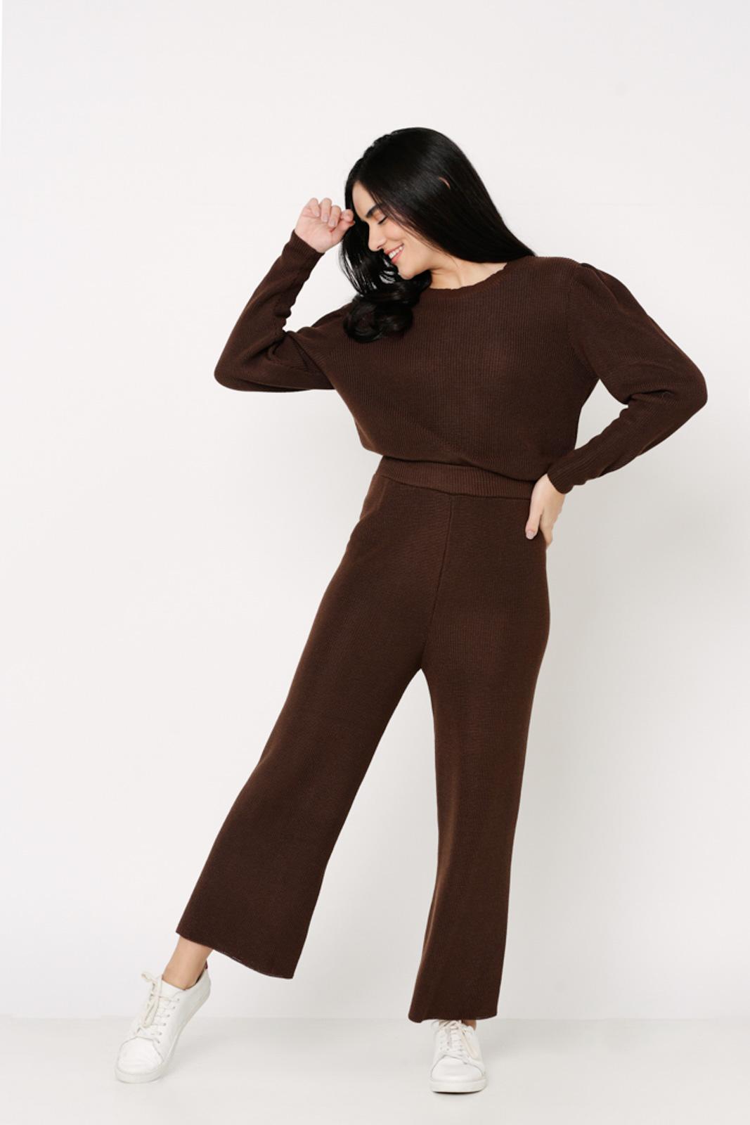 Conjunto de tricot calça pantalona e blusa manga bufante - Marrom
