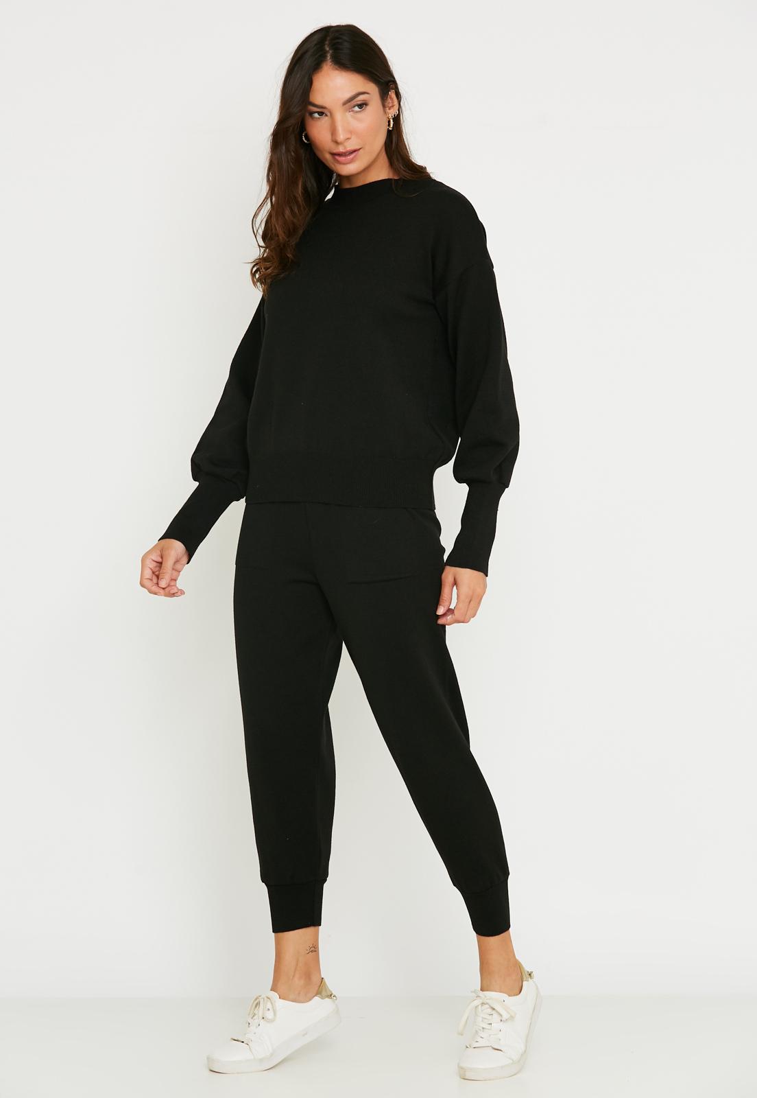 Conjunto de tricot Ralm calça jogger com bolso e blusa com punhos - Preto