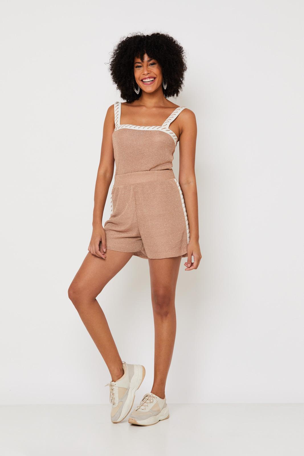 Conjunto de Tricot Ralm top e shorts  com detalhe artesanal - Nude