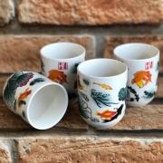 Kit 4 Copos de Chá Oriental em Cerâmica Carpa