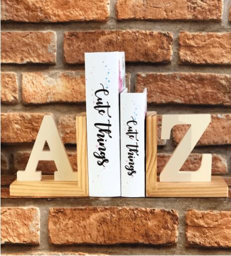 Aparador de Livros A Z