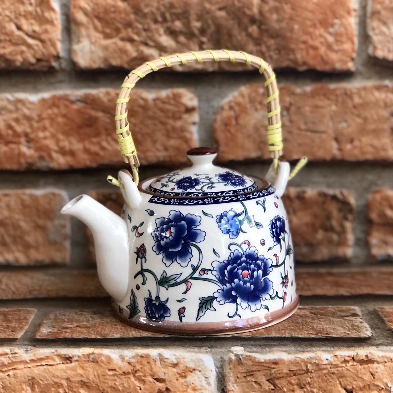 Bule Chaleira Oriental com Infusor em Cerâmica Peônia Azul
