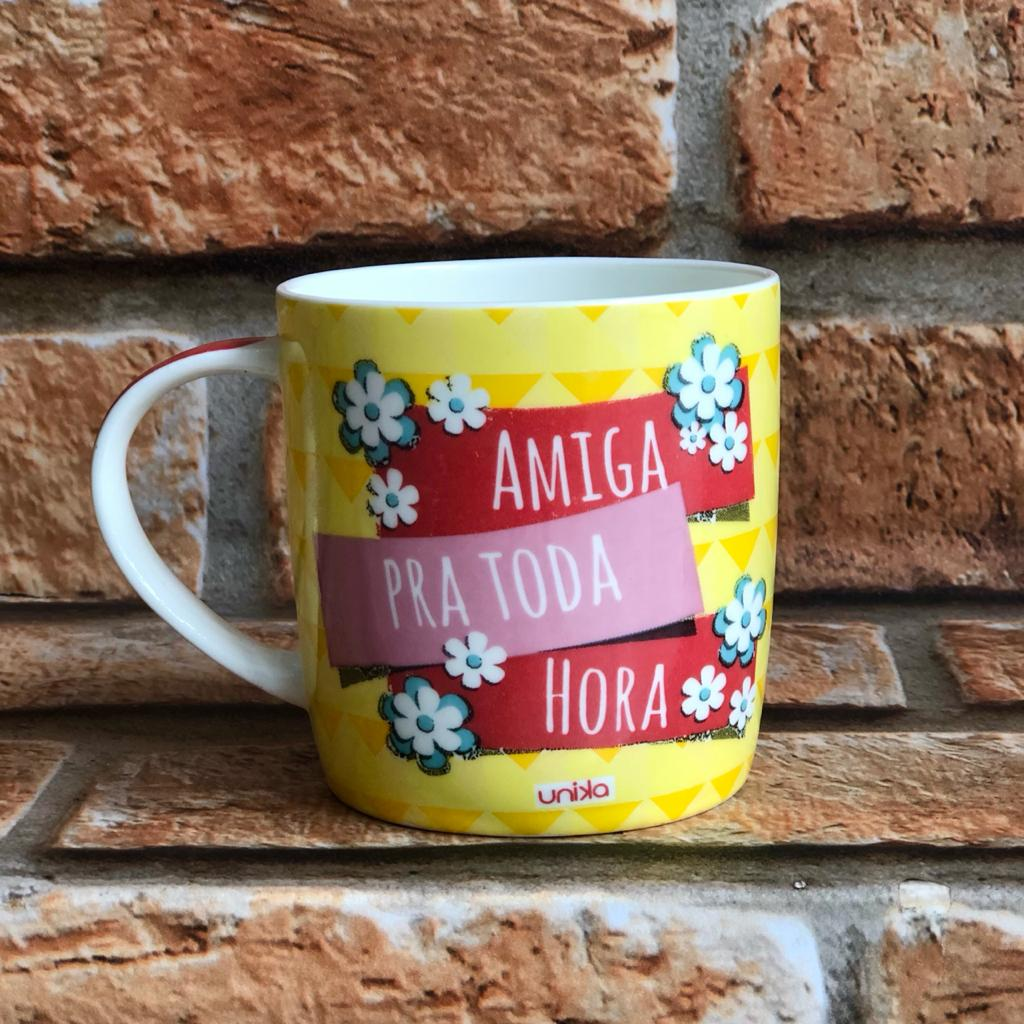 """Caneca """"Amiga Para Toda Hora"""" Unika 390ml"""