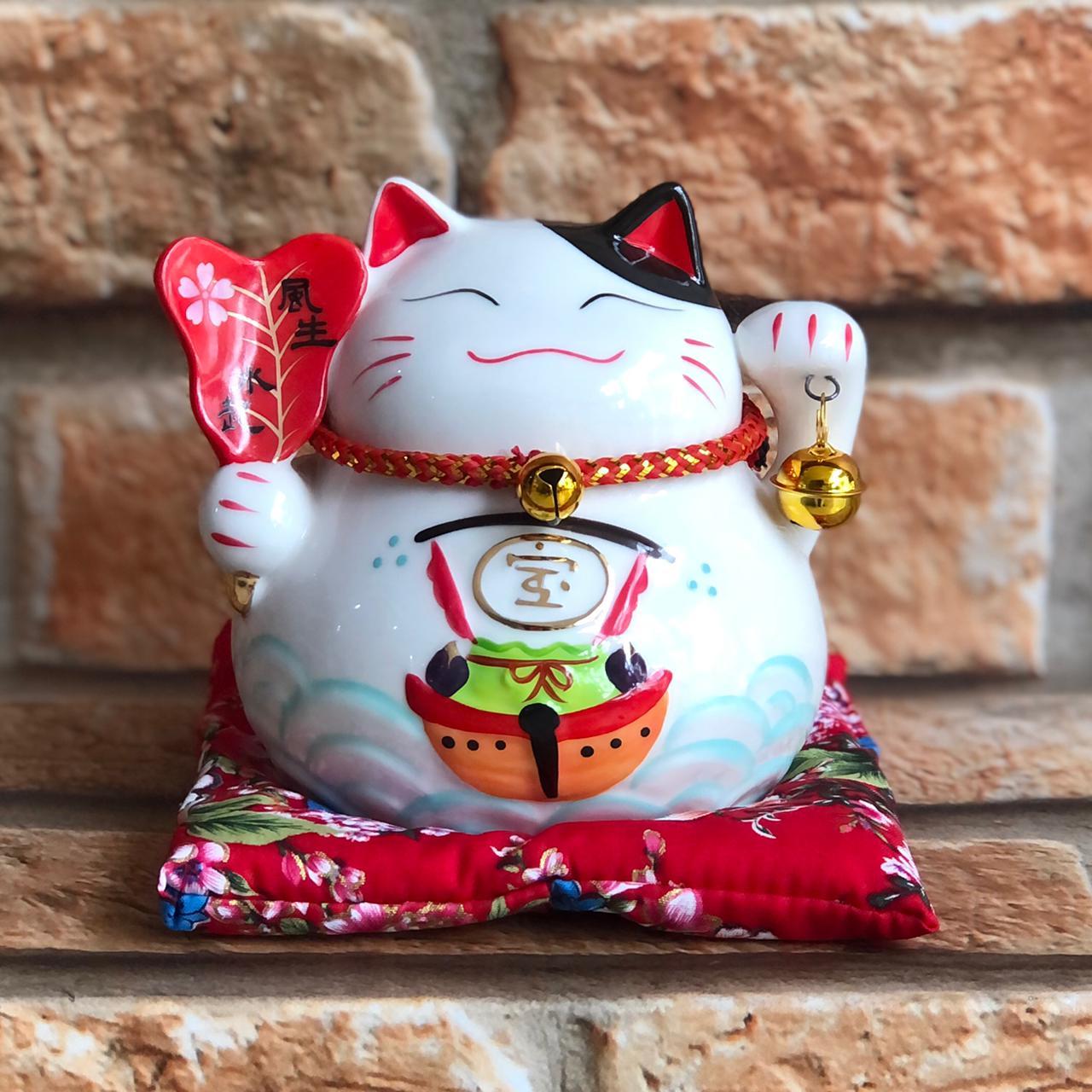 Cofre Gato da Sorte Maneki Neko com Almofada