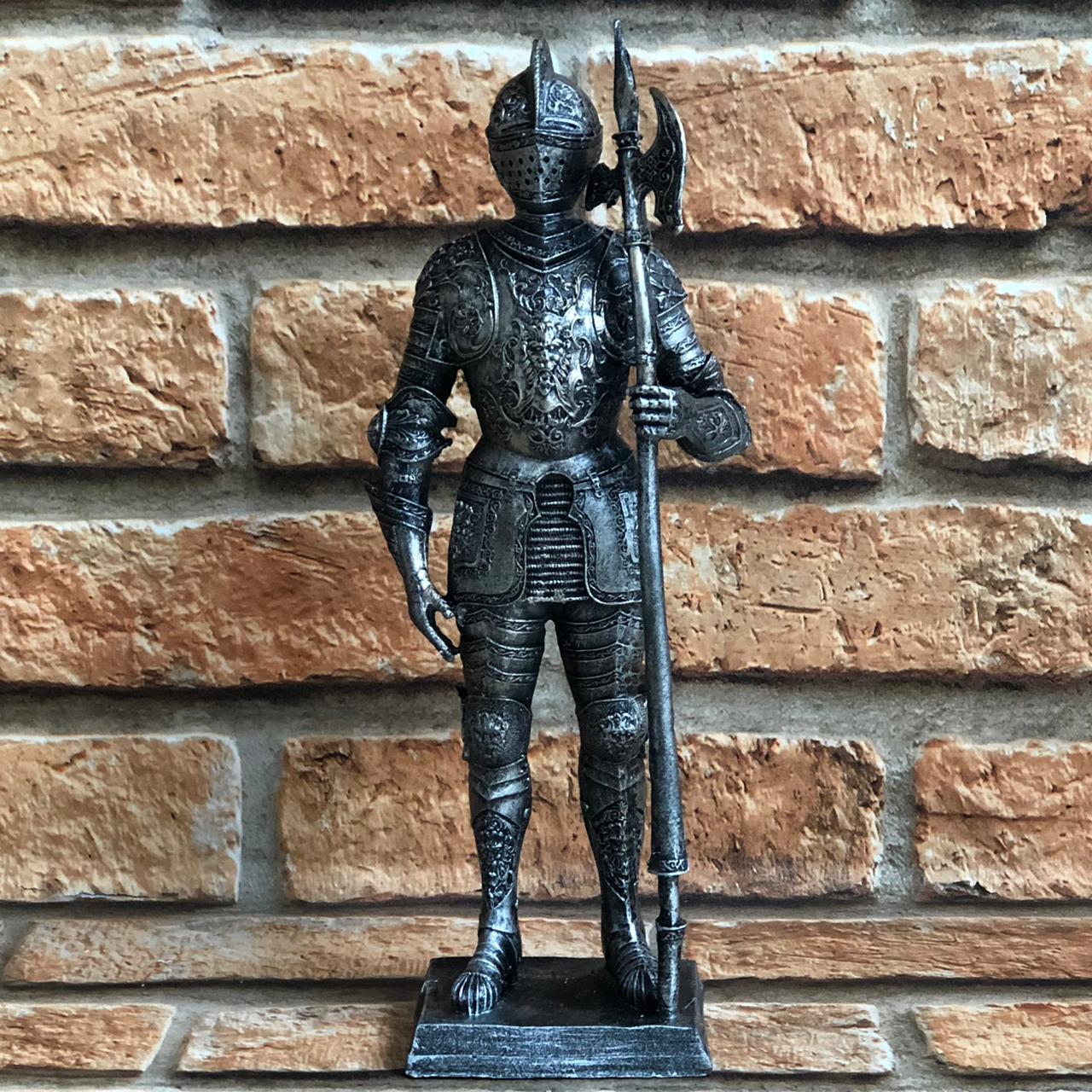 Estatueta Decorativa Soldado Guerreiro Medieval Resina