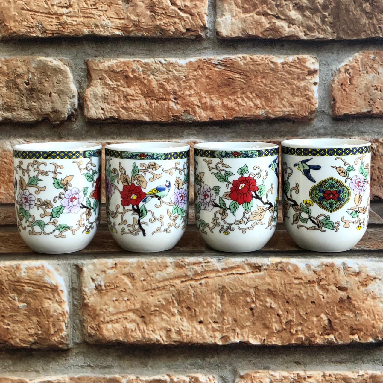 Kit 4 Copos de Chá Oriental em Cerâmica Floral
