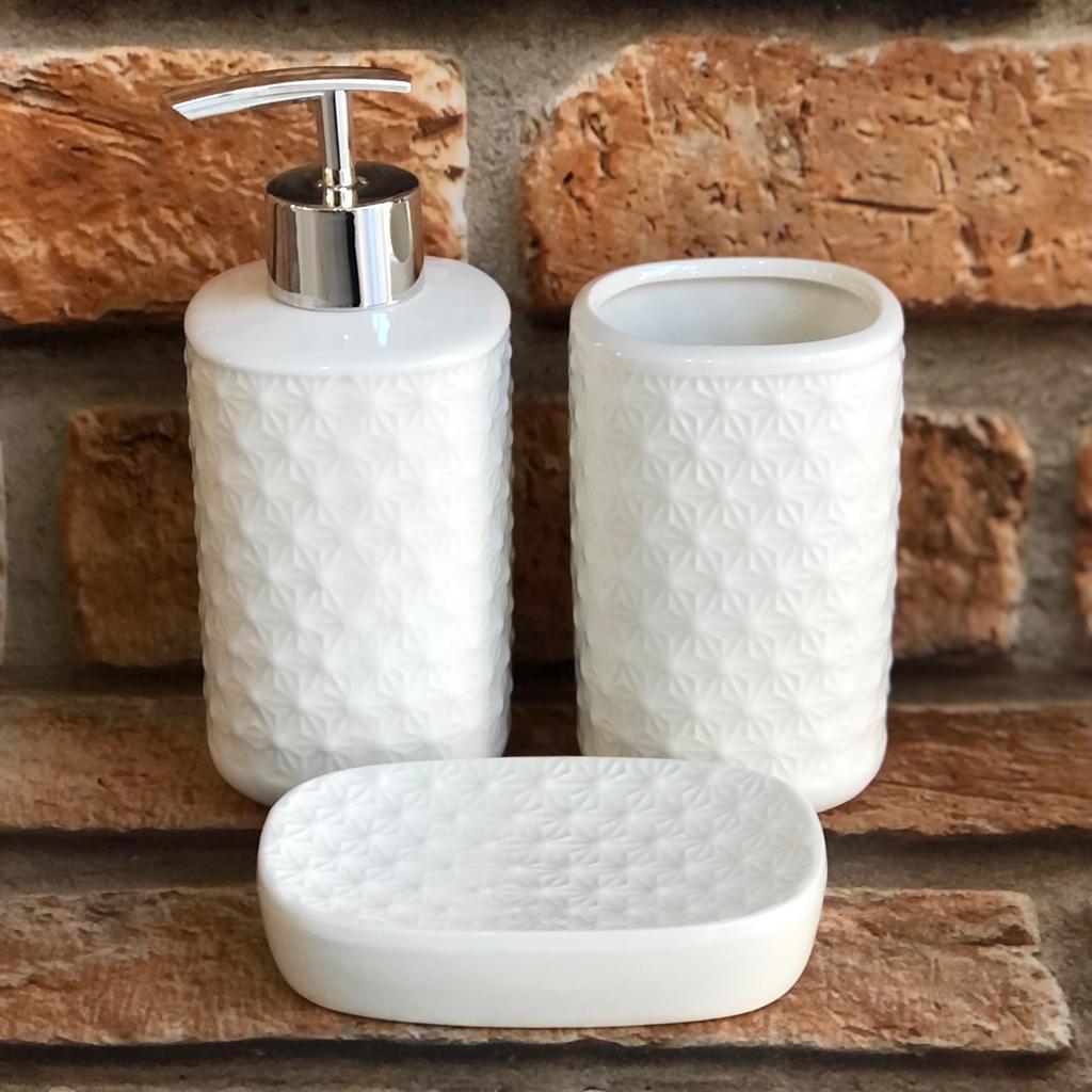 Kit Banheiro de Cerâmica 3 Peças Alto Relevo