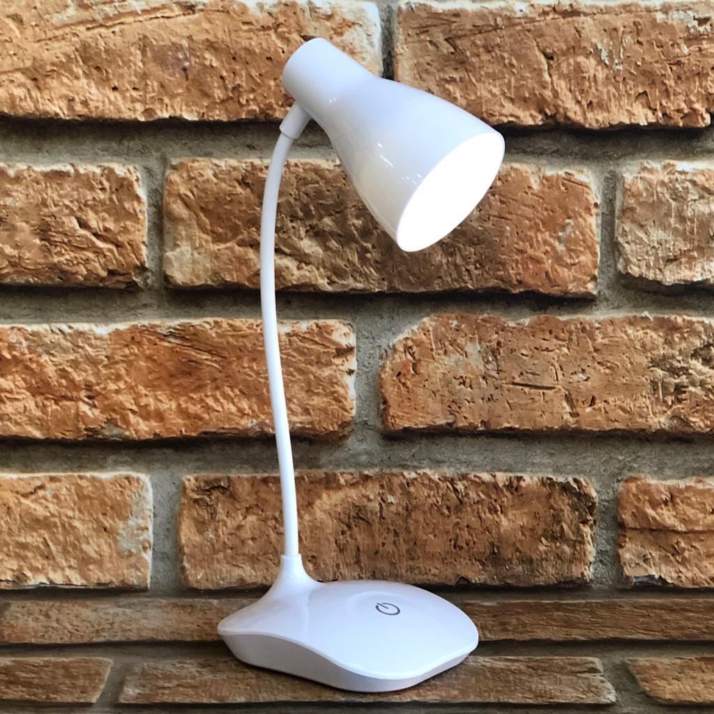 Luminária de Mesa Recarregável Haste Flexível LED