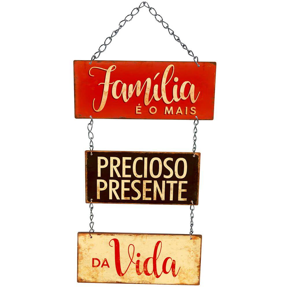 """Placa Decorativa com Corrente """"Família, Precioso Presente """""""