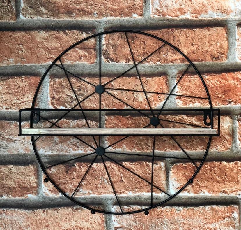 Prateleira Aramada com Gancho em Forma Circular