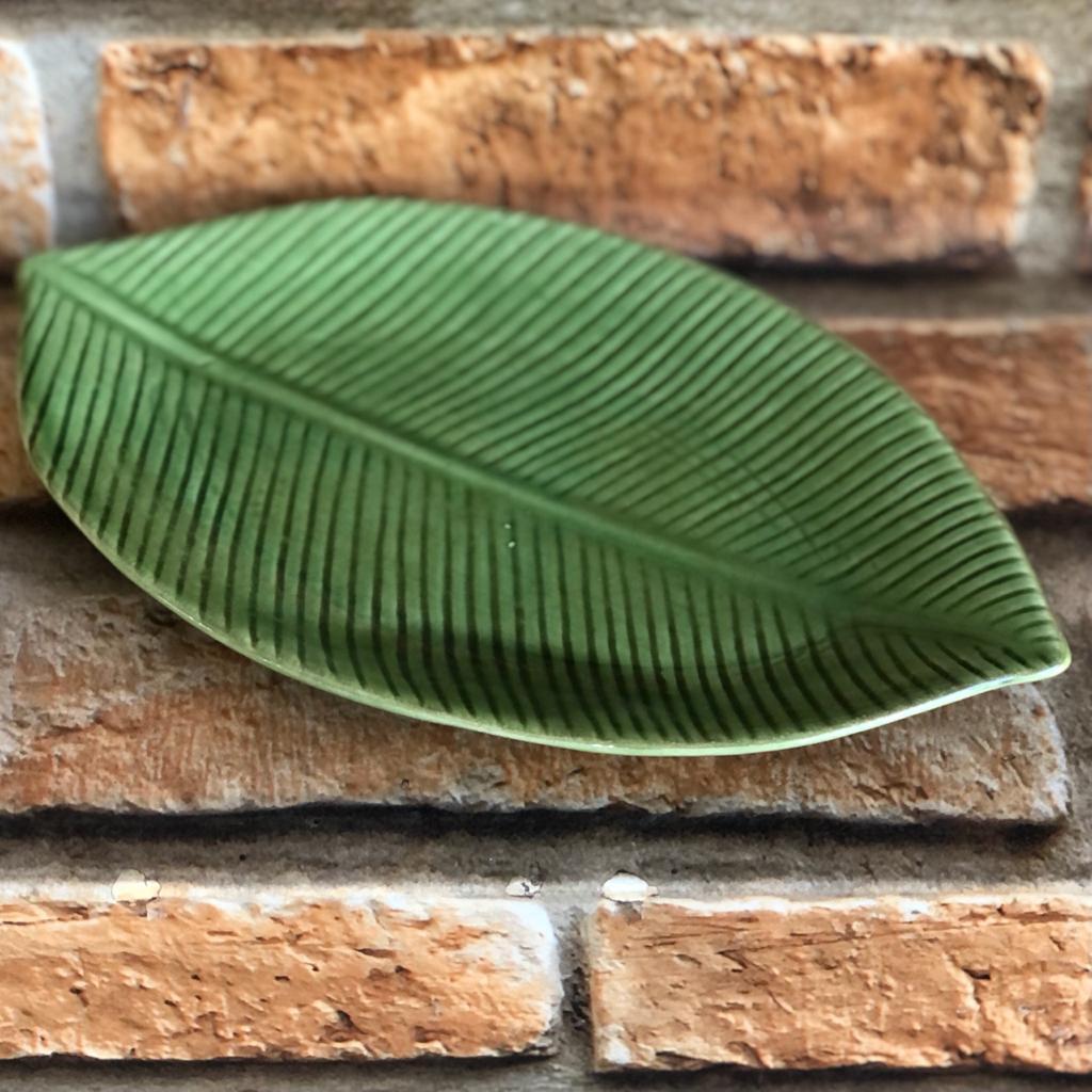 Prato de Cerâmica Raso Folha de Bananeira Verde