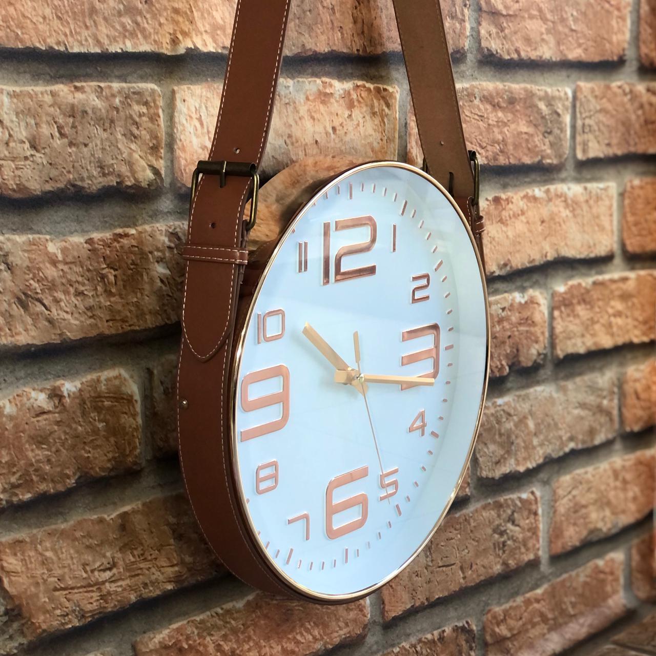 Relógio de Parede Decorativo com Alça Cinto