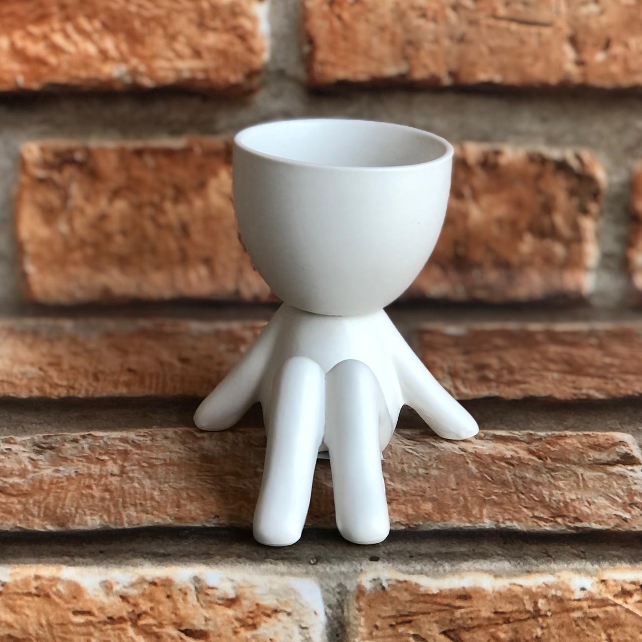 Vaso Cachepot BOB de Cerâmica Sentado Pernas Dobradas
