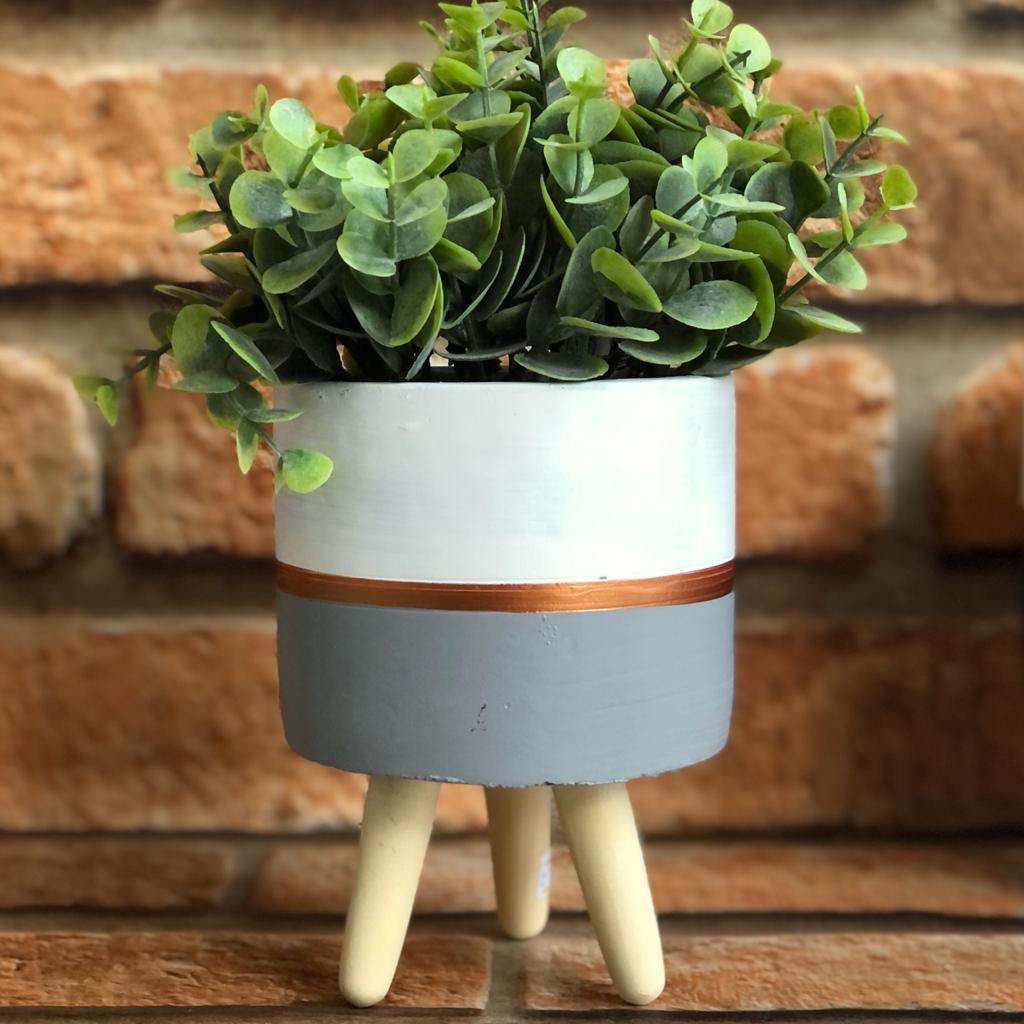 Vaso Decorativo Cimento com Suporte de Madeira Colors