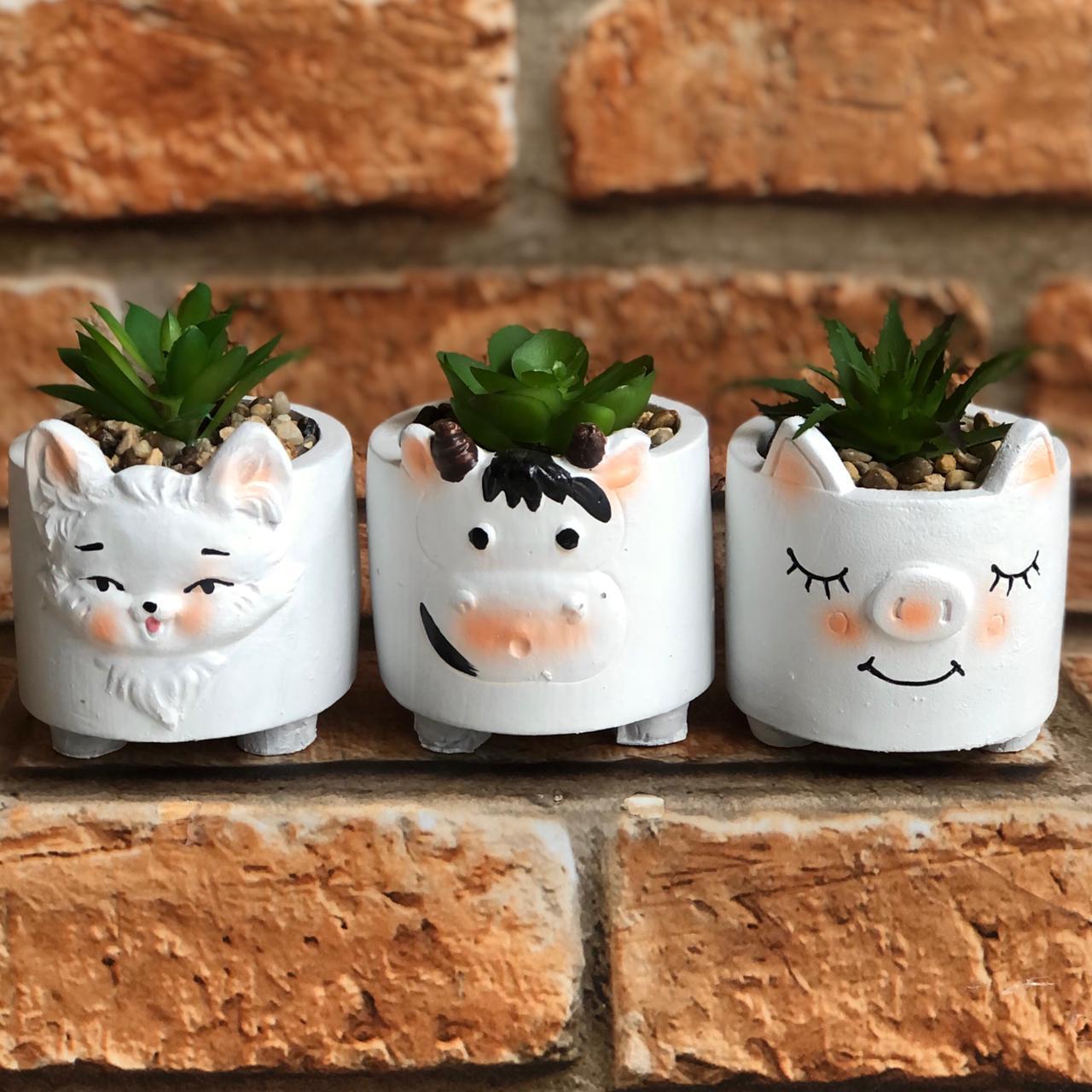 Vaso Decorativo de Cimento com Suculenta Animais